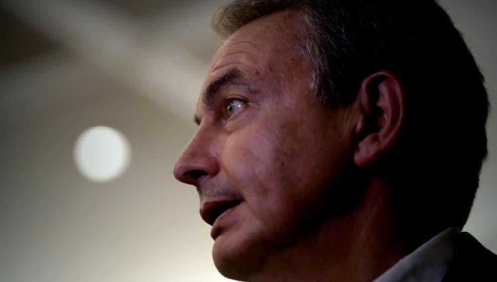 Zapatero sobre exhumación de Franco