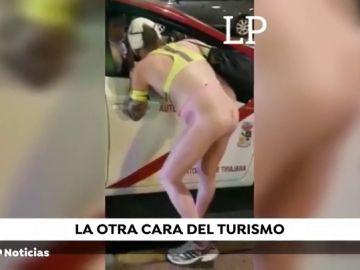 Un turista se pasea desnudo por la zona turística de Gran Canaria