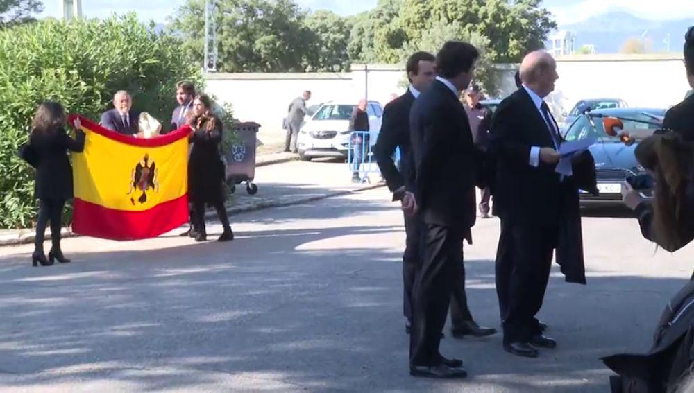 "La familia Franco se queja: ""Nos han cerrado la puerta de la cripta"""