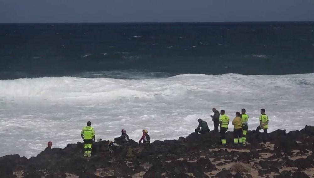 Al menos cinco muertos y varios desaparecidos al naufragar una patera en Lanzarote