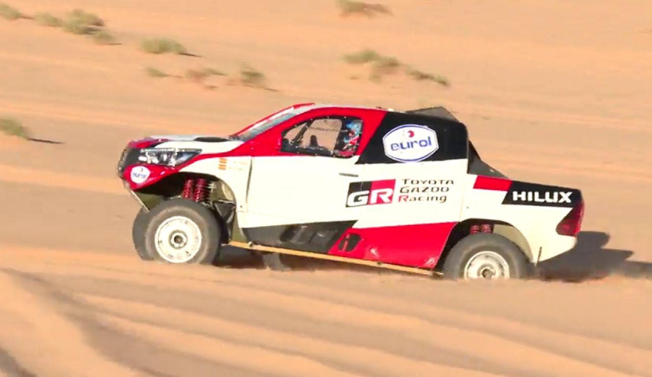 Las increíbles imágenes inéditas de Fernando Alonso en las dunas de Arabia Saudía antes del Dakar