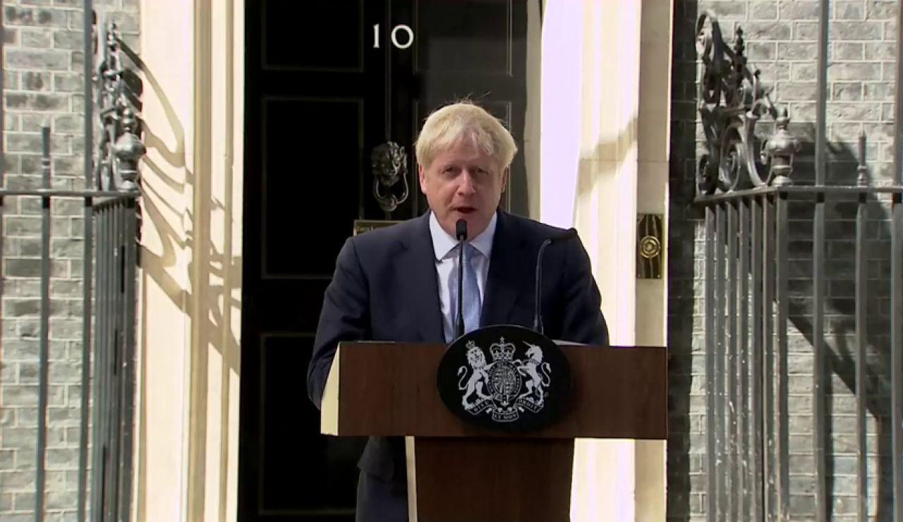 Arranca la campaña electoral en Reino Unido: Boris Johnson comunica a Isabel II la disolución del Parlamento