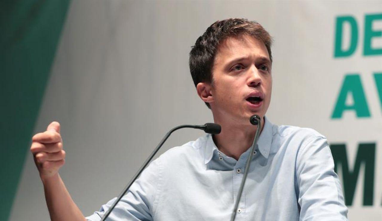 El candidato de Más País a la Presidencia del Gobierno, Íñigo Errejón, este lunes, durante un acto de campaña de la coalición Más País-Equo-CHA en Zaragoza