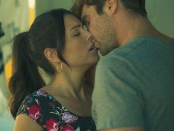 El beso culpable de Iván y Claudia