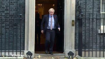 REEMPLAZO Arranca la campaña electoral en Reino Unido: Boris Johnson comunica a Isabel II la disolución del Parlamento