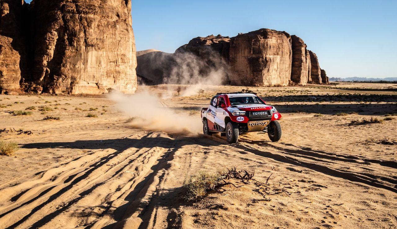 Fernando Alonso y Marc Coma, en el Ula Neom Rally de Arabia Saudí