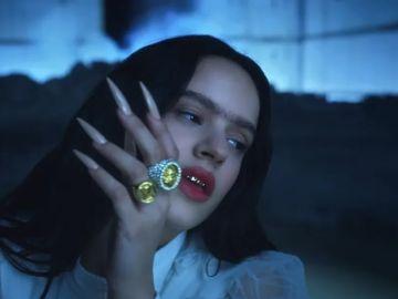 Rosalía en el vídeo de 'A Palé'