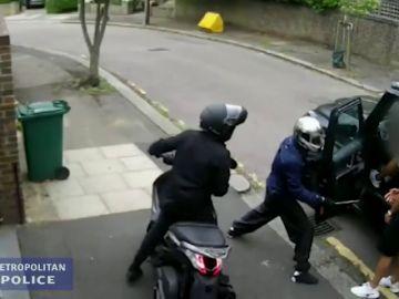 Condenado a 10 años de prisión el hombre que asaltó a Ozil y Kolasinac a punta de cuchillo en Londres