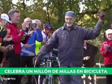 Un británico de 82 años logra recorrer 1.600.000 kilómetros con su bici