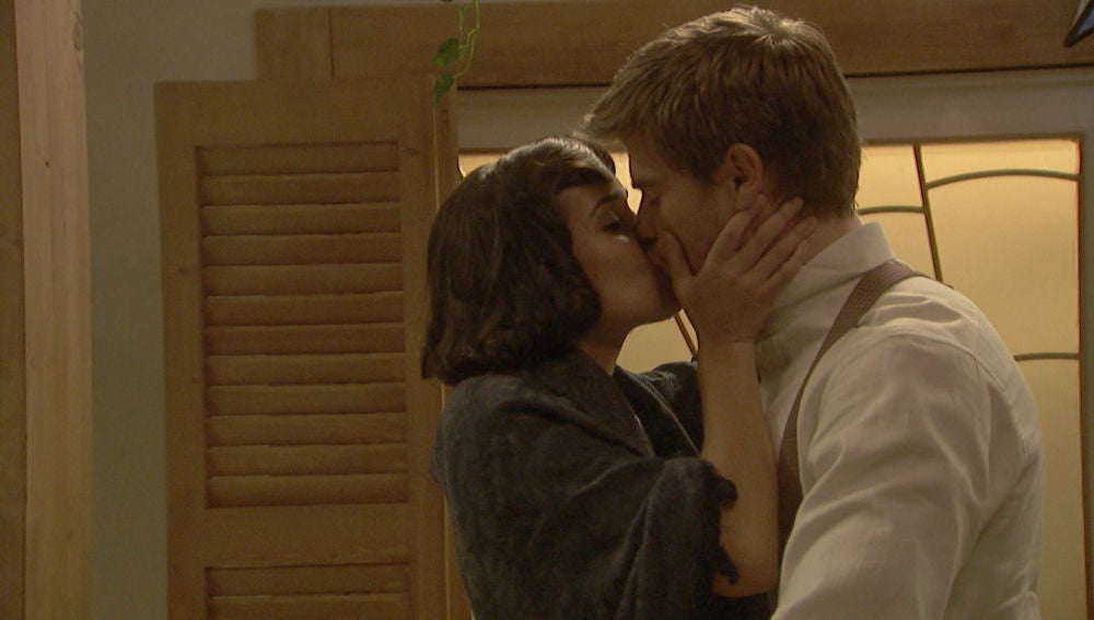 'El secreto de Puente Viejo': La romántica forma de Rosa para abrirle los ojos a Adolfo