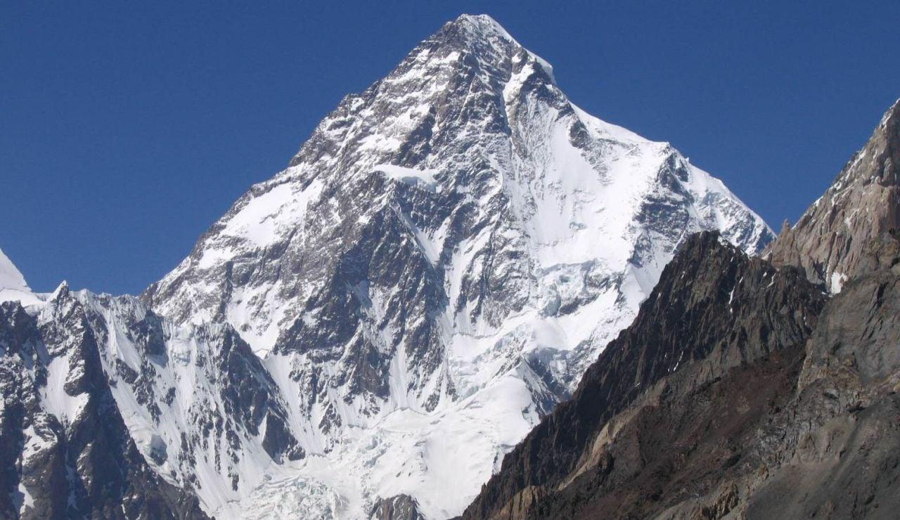 El Gangkhar Puensum, la montaña mas alta sin escalar del mundo