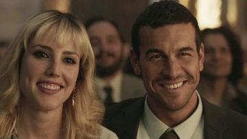 Natalia de Molina y Mario Casas en 'Adiós'