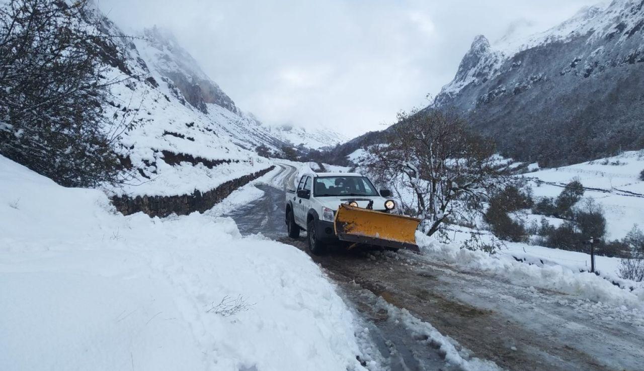 La nieve llega a puntos altos de León, Asturias y Cantabria