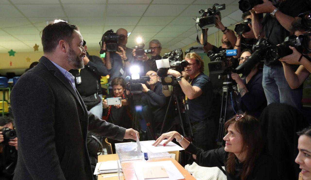 Santiago Abascal votando el 10-N