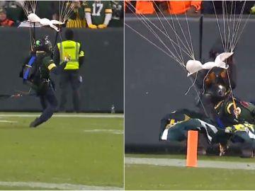 Momento del complicado aterrizaje de un paracaidista en la NFL