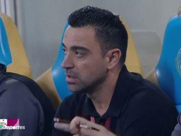 """Los aficionados de Al Sadd piden el cese de Xavi con gritos de """"fuera, fuera"""""""