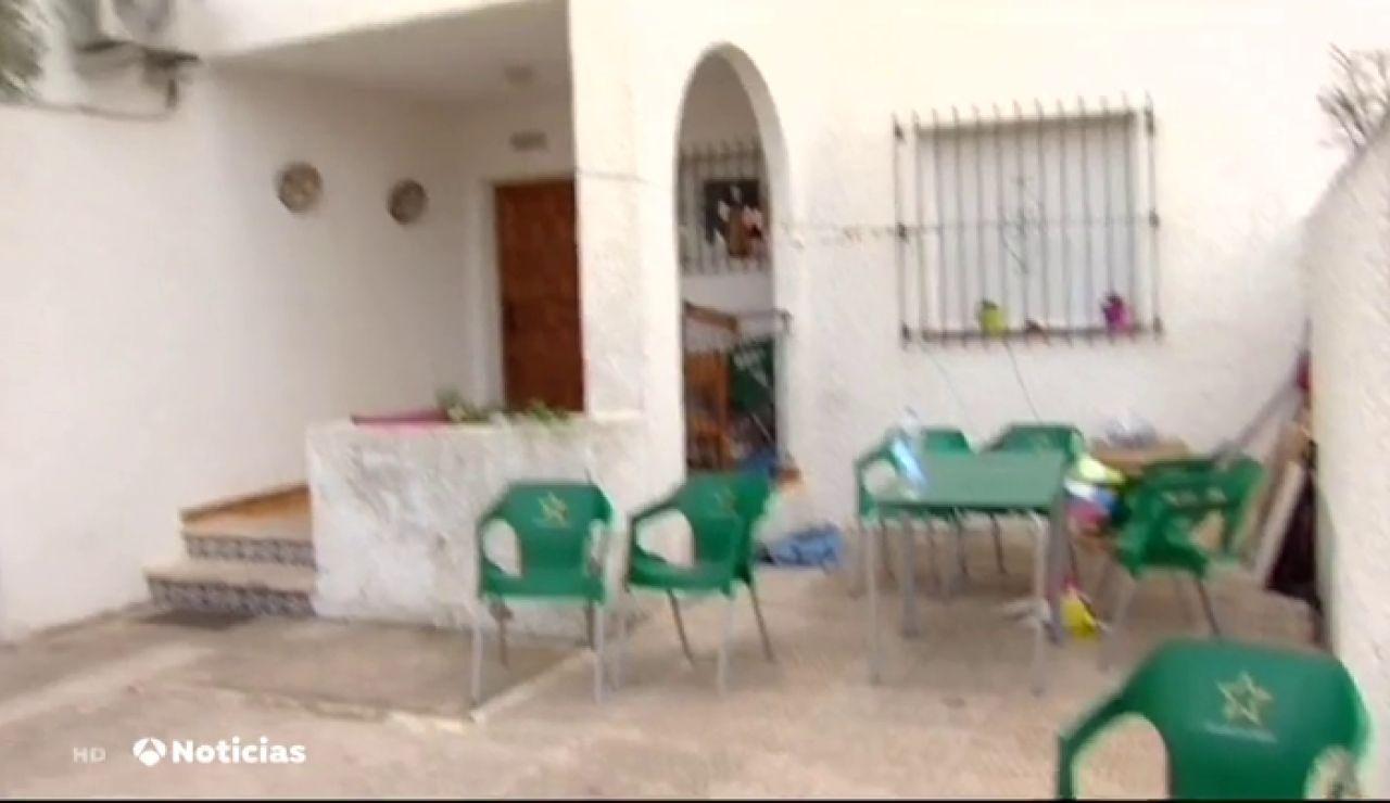 Muere una mujer y su marido está en coma por la combustión de una barbacoa dentro de una casa en Murcia