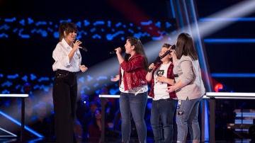 Vanesa Martín canta '90 Minutos' con Paola Casas, Juan Manuel Segovia y María Calero en las Batallas de 'La Voz Kids'