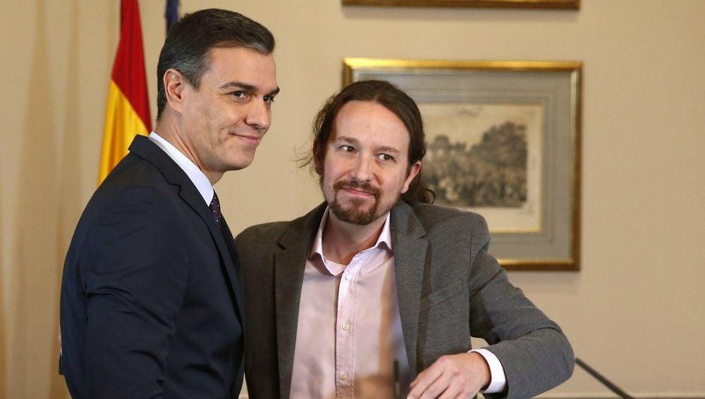 A3 Noticias 2 (12-11-19) Los dardos entre Pedro Sánchez y Pablo Iglesias que han acabado en abrazo