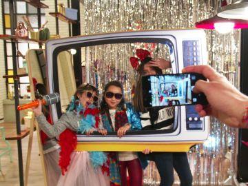 Detrás de las cámaras: Así se escoge el vestuario de los niños para las Batallas de 'La Voz Kids'