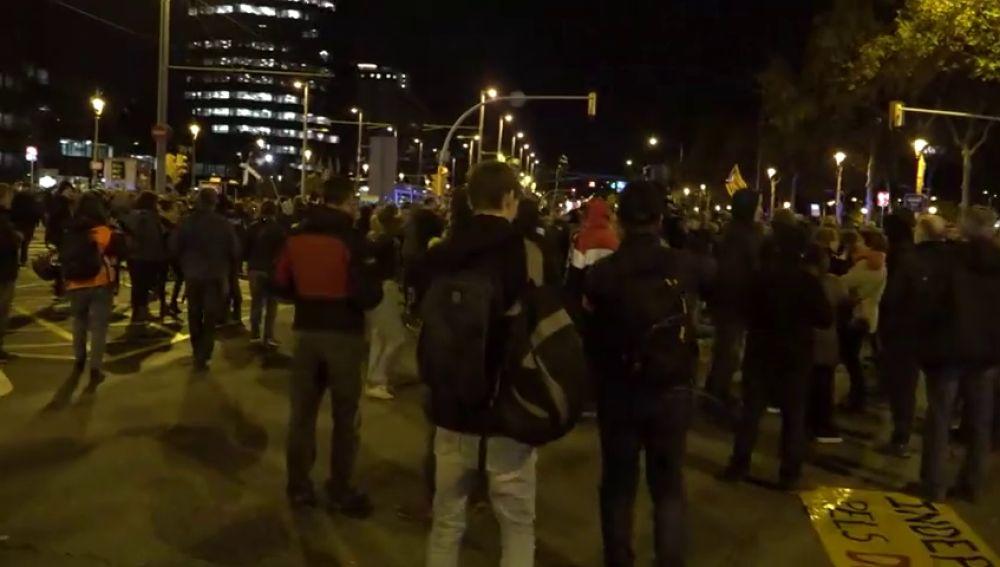 Los CDR cortan la Diagonal de Barcelona y todas las entradas a la ciudad