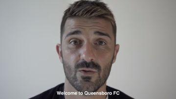 David Villa dando la bienvenida en un vídeo al Queensboro FC