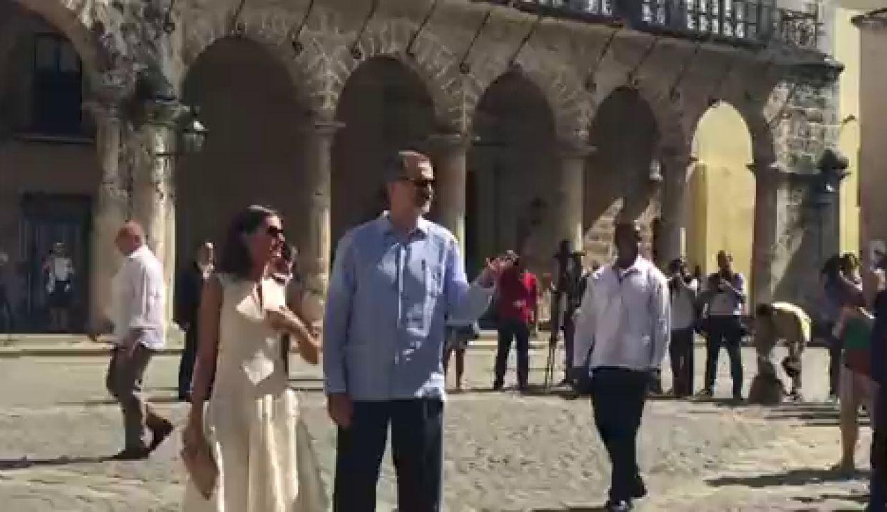 VÍDEO   Los reyes de España visitan los lugares más emblemáticos de La Habana vieja