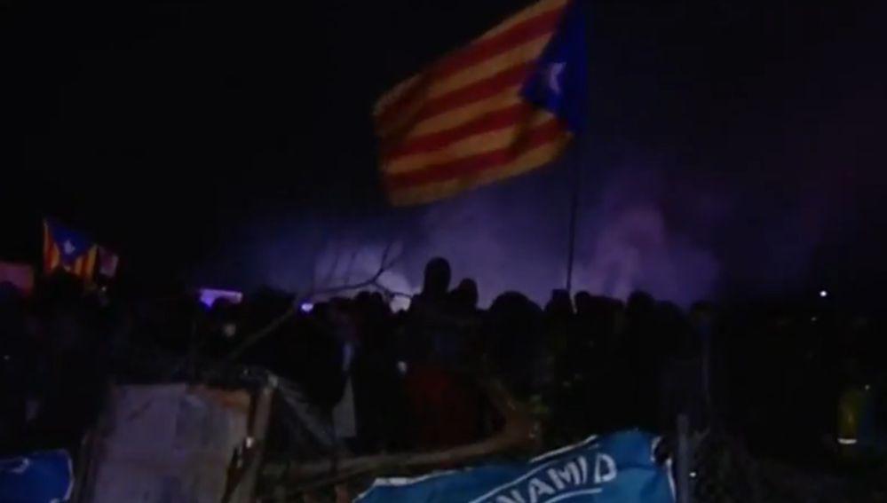 Los independentistas mantienen el bloqueo en autopistas y ciudades