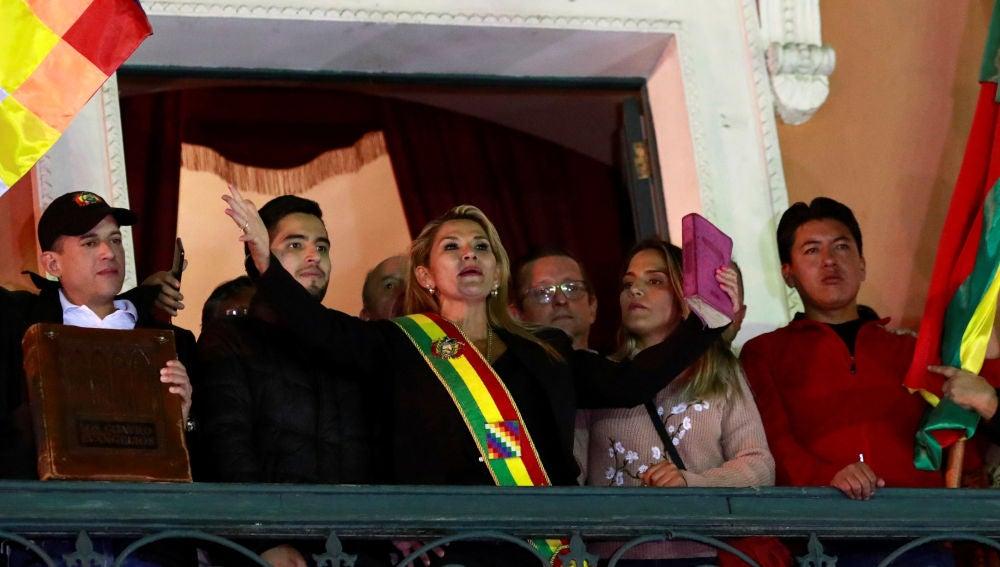 Jeanine Anez, presidenta interina en Bolivia