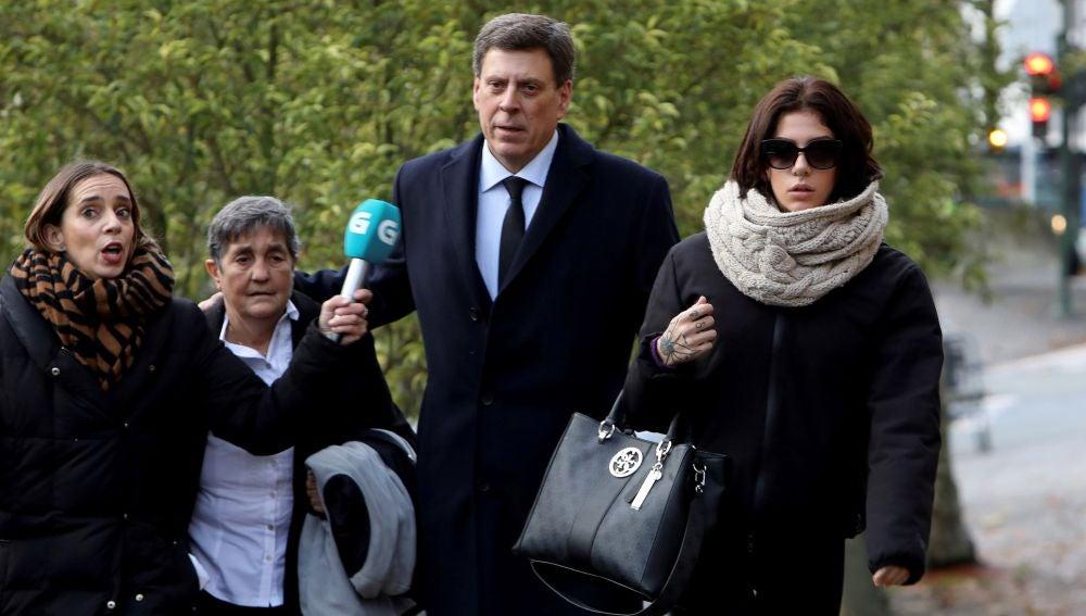 Valeria Quer, a su llegada al juicio
