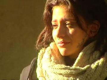 """Valeria Quer  abandona el juicio derrumbada y llorando: """"Que mi madre no gane el protagonismo"""""""