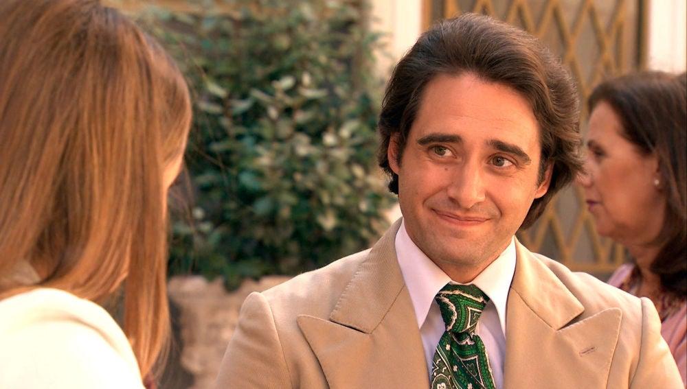 Jacobo comienza a ganarse la confianza de Lourdes