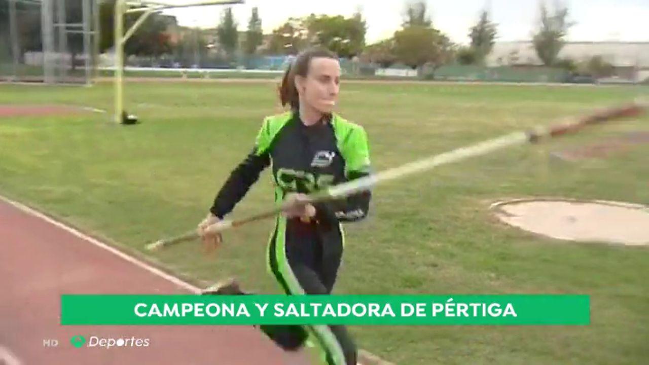 """Belén García, piloto de Fórmula 4 y pertiguista: """"No he tenido problema al competir con hombres"""" - Antena 3 Noticias"""