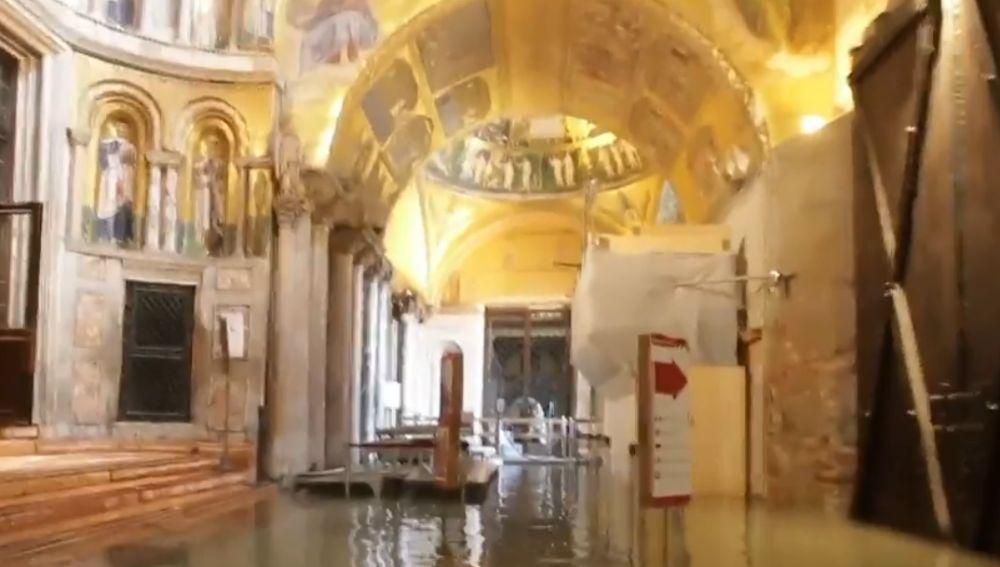 Venecia se recupera de las graves inundaciones