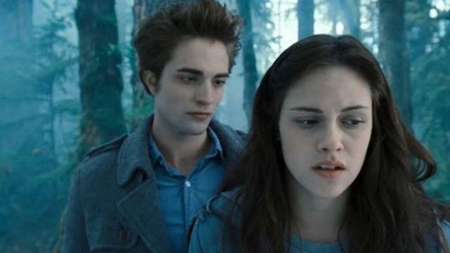 Kristen Stewart y Robert Pattinson en 'Crepúsculo'