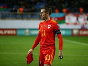 Gareth Bale, con Gales