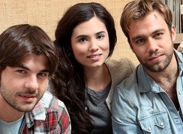 Jordi Coll, Loreto Mauleón y Carlos Serrano