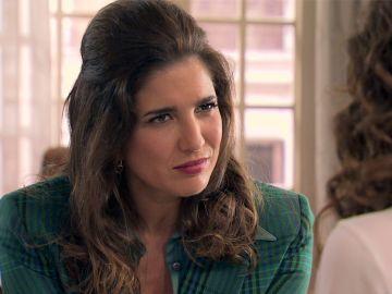Avance 'Amar es para siempre': Irene se compromete a ayudar a Julia a buscar información sobre Adela