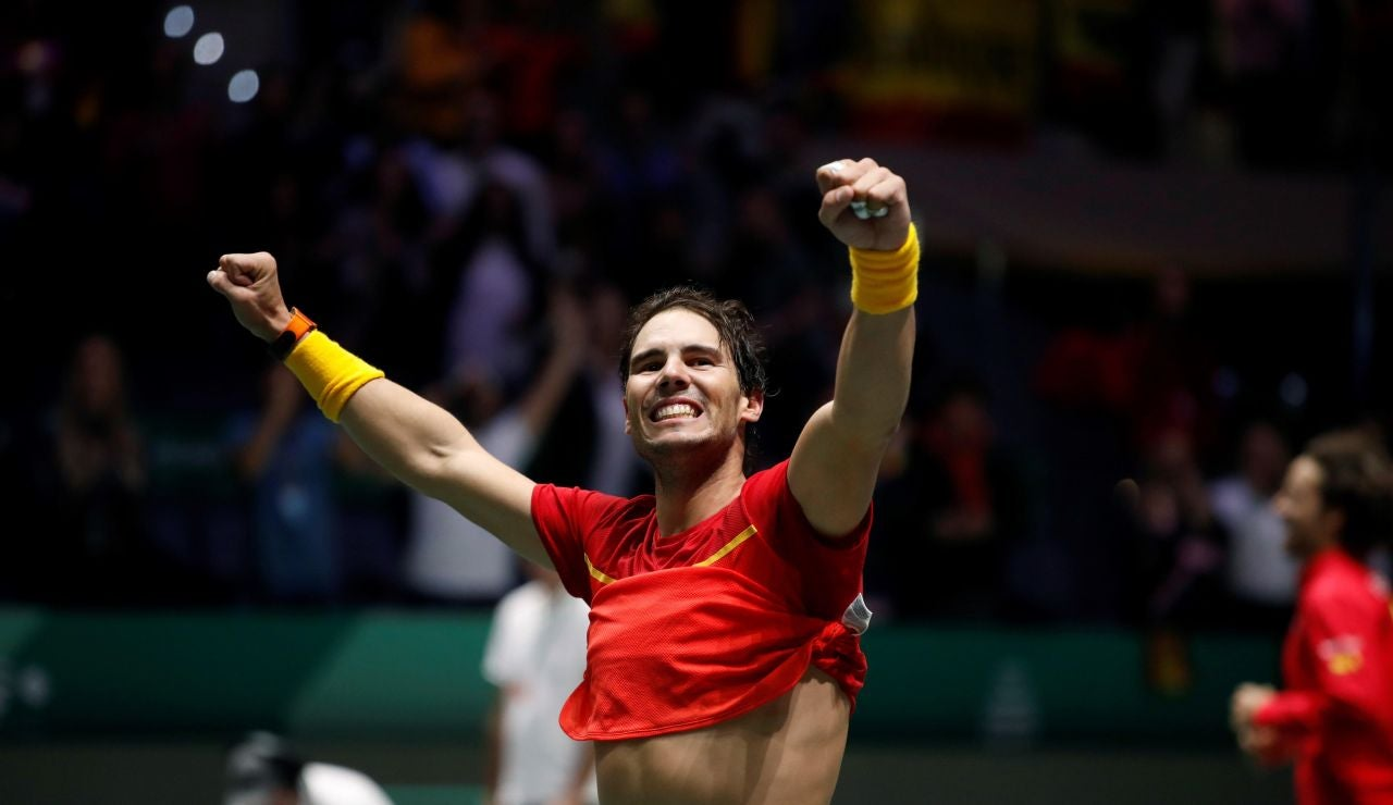 Rafa Nadal celebra la victoria en la Copa Davis