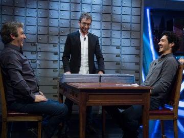 Chino Darín engaña a su padre para quedarse con todo el dinero en 'El Hormiguero 3.0'