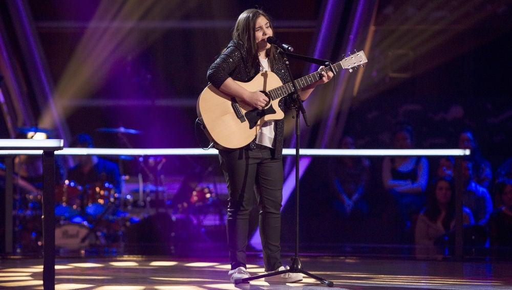 Isabel Marsal canta 'Borracha de amor' en los Asaltos de 'La Voz Kids'
