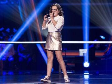 Paloma Puelles canta 'Lucía' en los Asaltos de 'La Voz Kids'