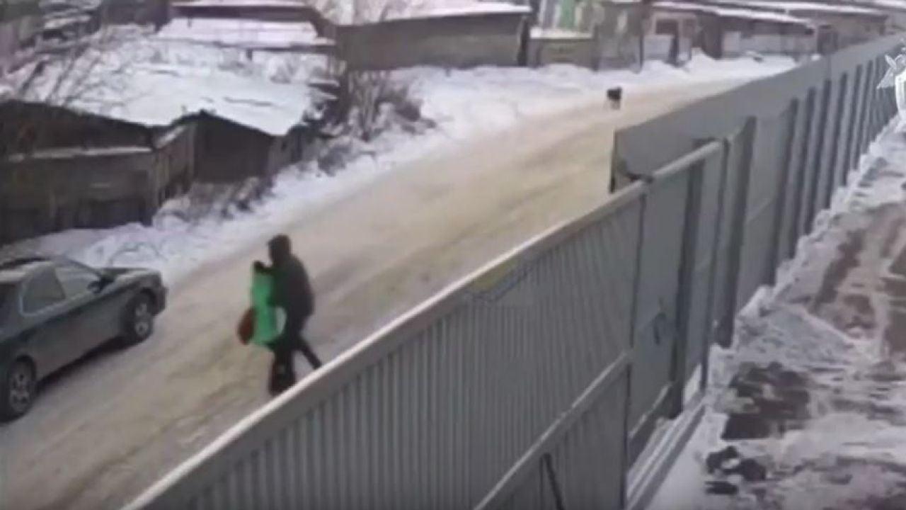 Un Chico De 16 Años Rescata A Una Niña De Ser Secuestrada