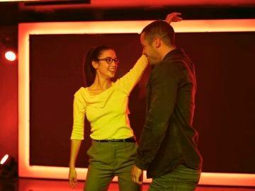 Triana y Hugo disfrutan de un baile cómplice