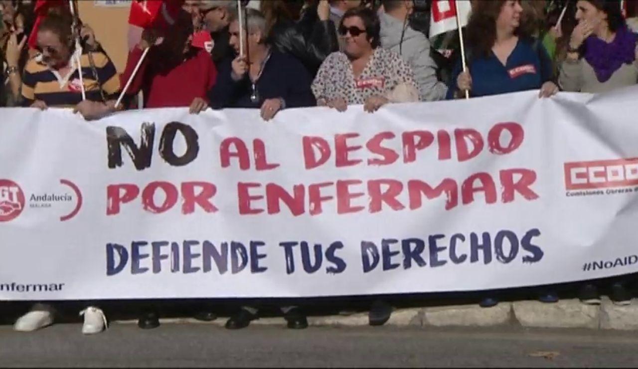 """Protestas por los """"despidos por enfermar"""""""