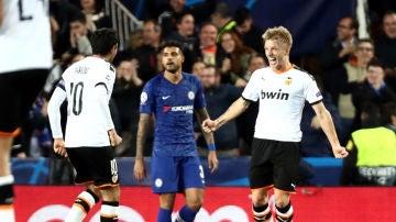Wass celebra su gol al Chelsea