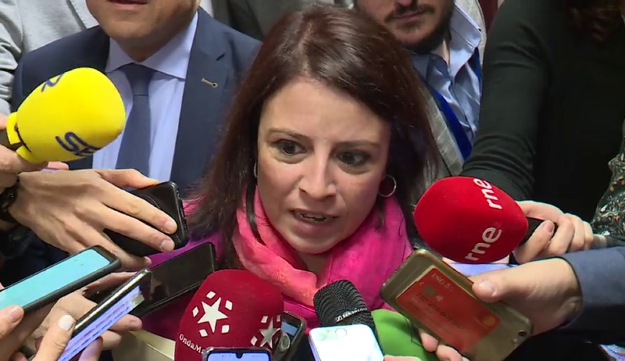 Los indepedentistas elevan la presión sobre un Pedro Sánchez desaparecido en plena negociación de Gobierno