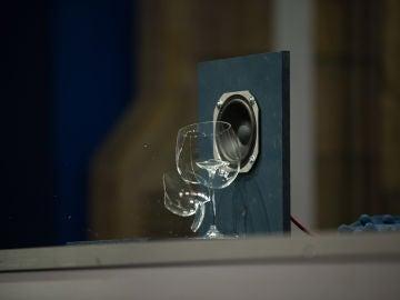 El reto de Marron ante Ainhoa Arteta en 'El Hormiguero 3.0': estallar una copa con sonido