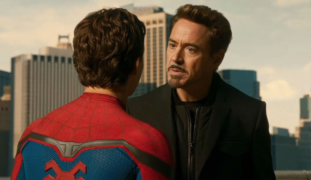 Robert Downey Jr. y Tom Holland como SpiderMan y Iron Man en Marvel