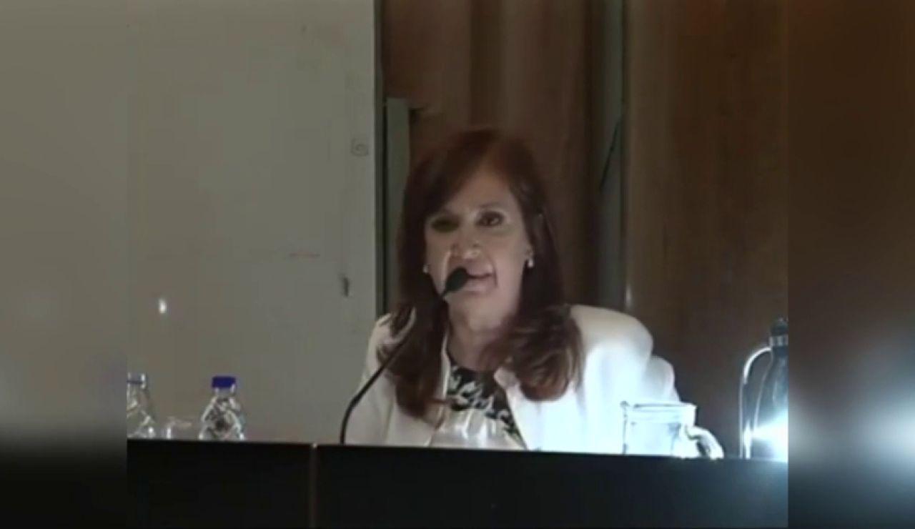 "Cristina Kirchner arremete contra los jueces: ""Preguntas van a tener que contestar ustedes"""